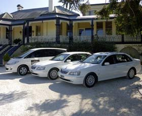 Highlands Chauffeured Hire Cars Tours - Yarra Valley Accommodation