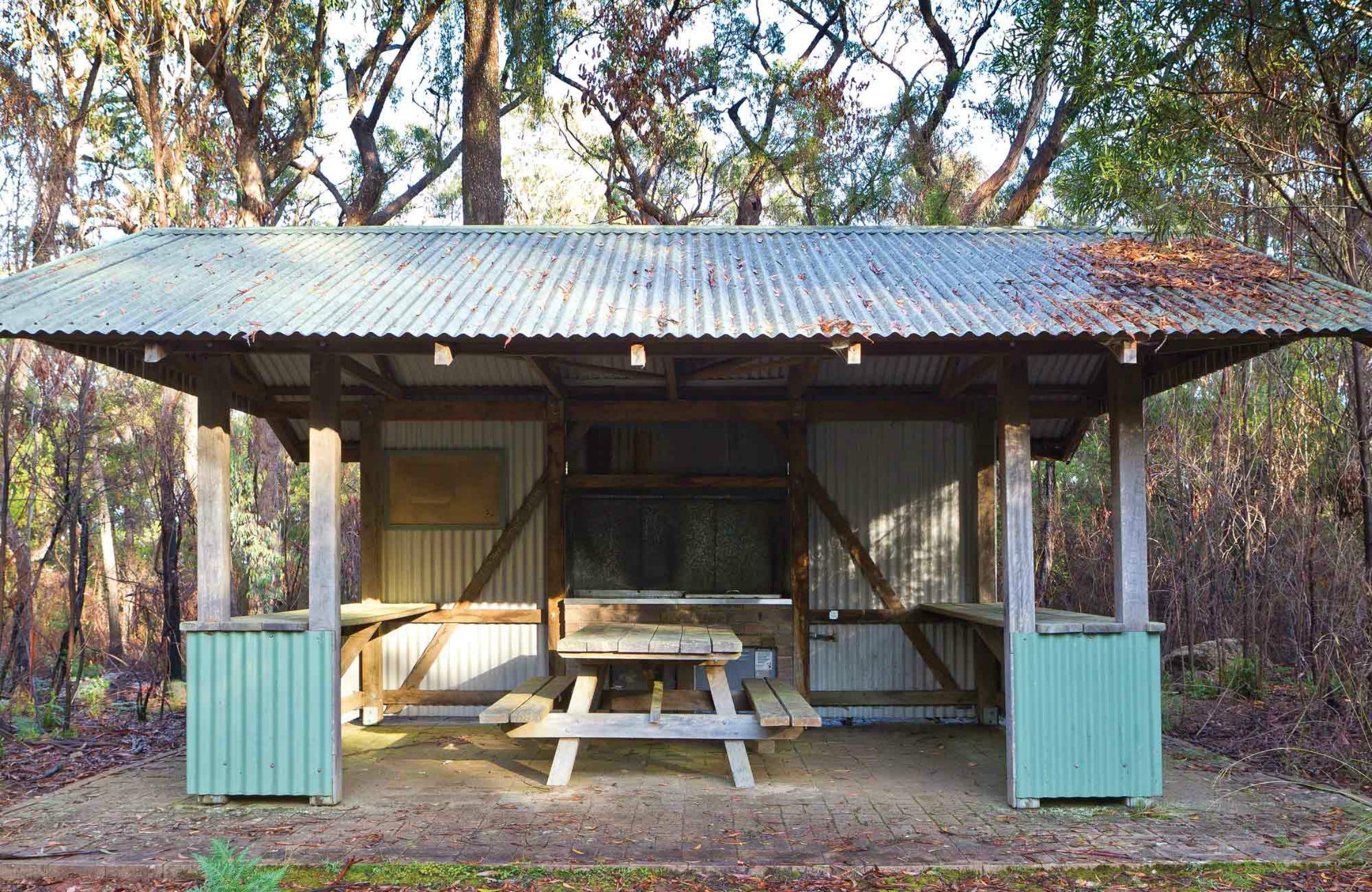 Granite Picnic Area - Yarra Valley Accommodation