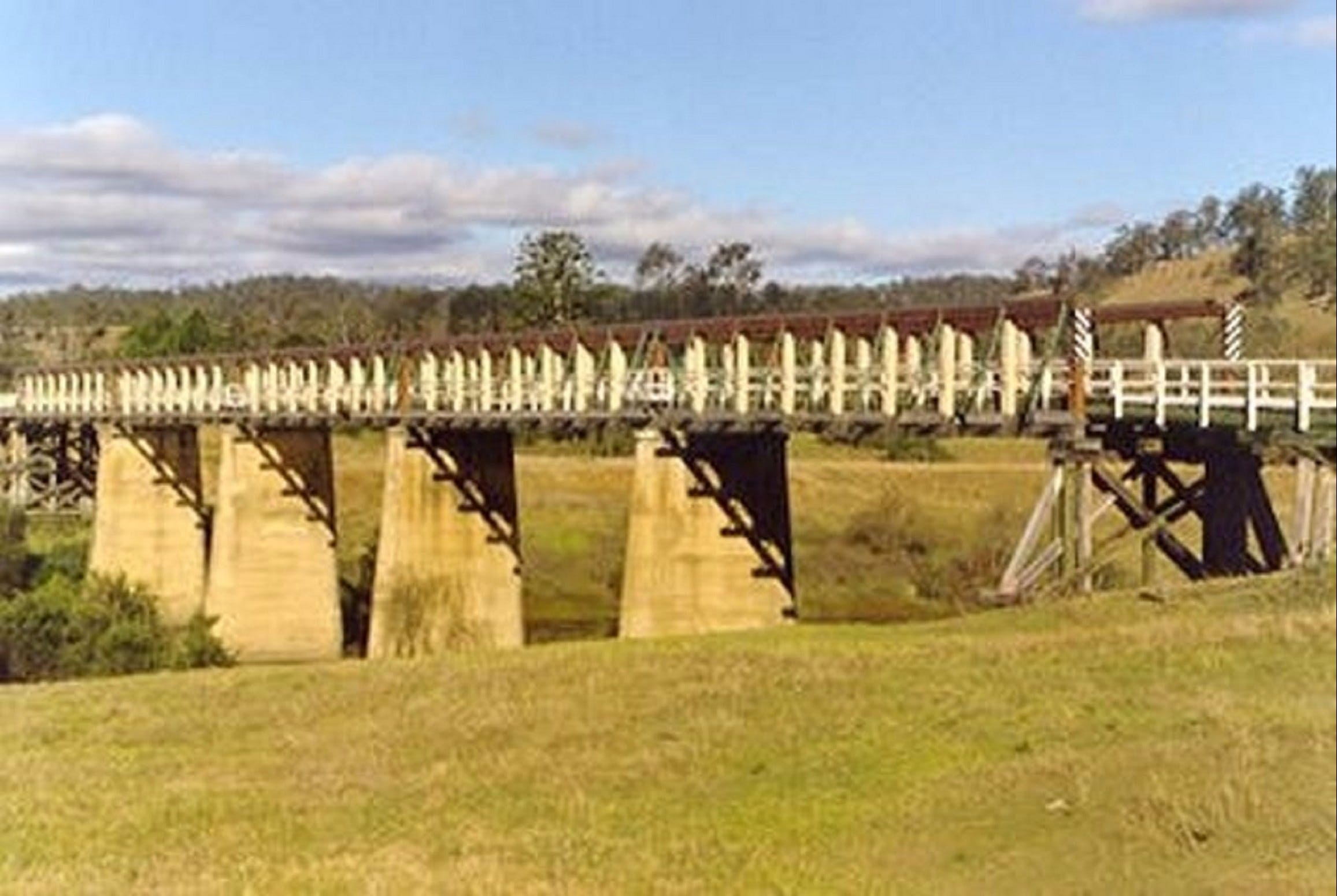 Historic Tabulam DeBurgh Timber Bridge - Yarra Valley Accommodation
