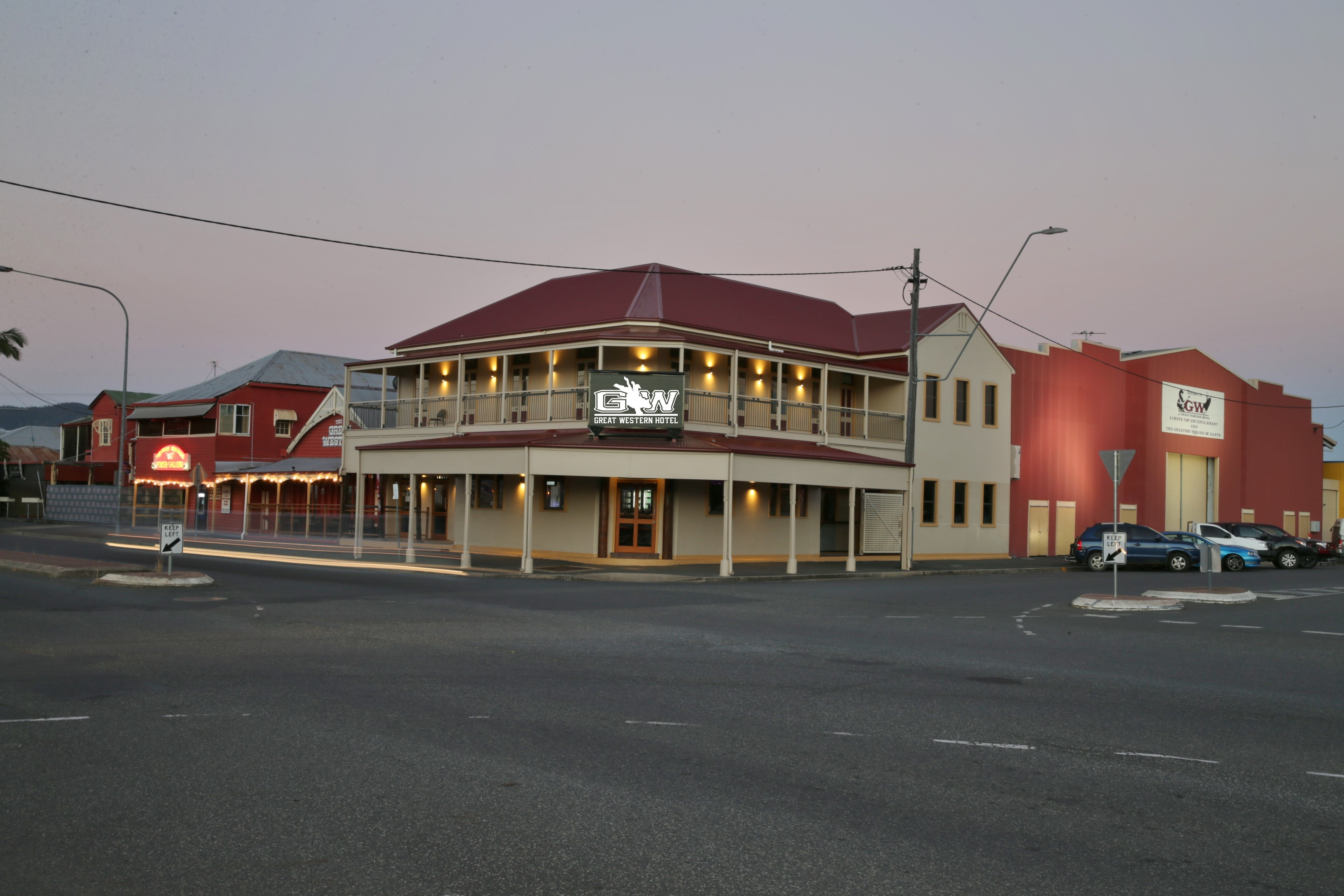 Great Western Hotel - Yarra Valley Accommodation