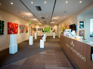 Australian National Botanic Gardens Visitor Centre Gallery - Yarra Valley Accommodation