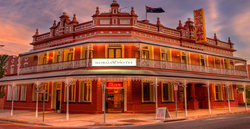Norman Hotel - Yarra Valley Accommodation