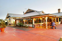 Potters Hotel and Brewery - Yarra Valley Accommodation