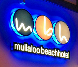 Mullaloo Beach Hotel - Yarra Valley Accommodation