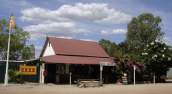 Daly Waters Historic Pub - Yarra Valley Accommodation