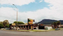 Cabbage Tree Hotel - Yarra Valley Accommodation