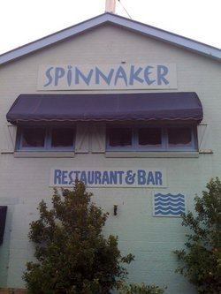 Spinnaker Restaurant and Bar - Yarra Valley Accommodation