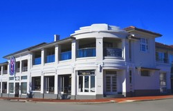Cottesloe Beach Hotel - Yarra Valley Accommodation