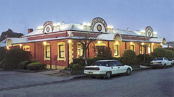 Newmarket Hotel Albury - Yarra Valley Accommodation