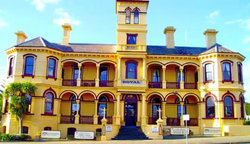 The Queenscliff Historic Royal Hotel - Yarra Valley Accommodation
