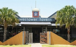 Westower Tavern - Yarra Valley Accommodation