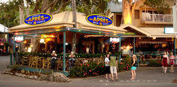 Apres Beach Bar  Grill - Palm Cove - Yarra Valley Accommodation