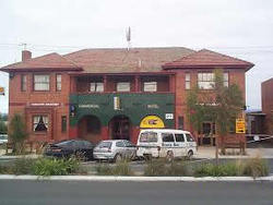 Commercial Hotel Hayfield - Yarra Valley Accommodation