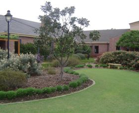 Camden Lakeside Country Club - Yarra Valley Accommodation