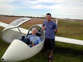 Waikerie Gliding Club - Yarra Valley Accommodation