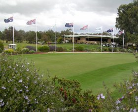 Tocumwal Golf Club - Yarra Valley Accommodation