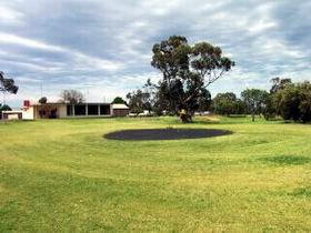 Cleve Golf Club - Yarra Valley Accommodation