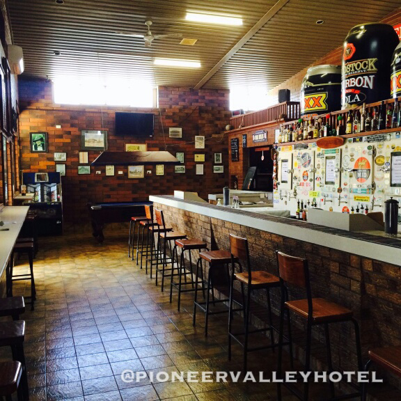 Pioneer Valley Hotel - Yarra Valley Accommodation