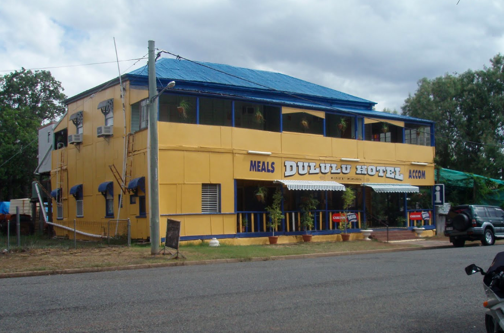 Dululu Hotel - Yarra Valley Accommodation