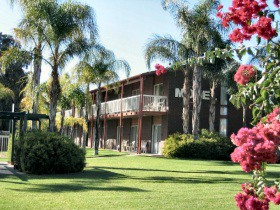 Barmera Hotel-Motel - Yarra Valley Accommodation