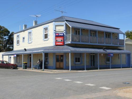 Port Wakefield Hotel - Yarra Valley Accommodation