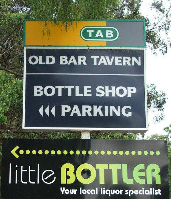 Old Bar Tavern - Yarra Valley Accommodation