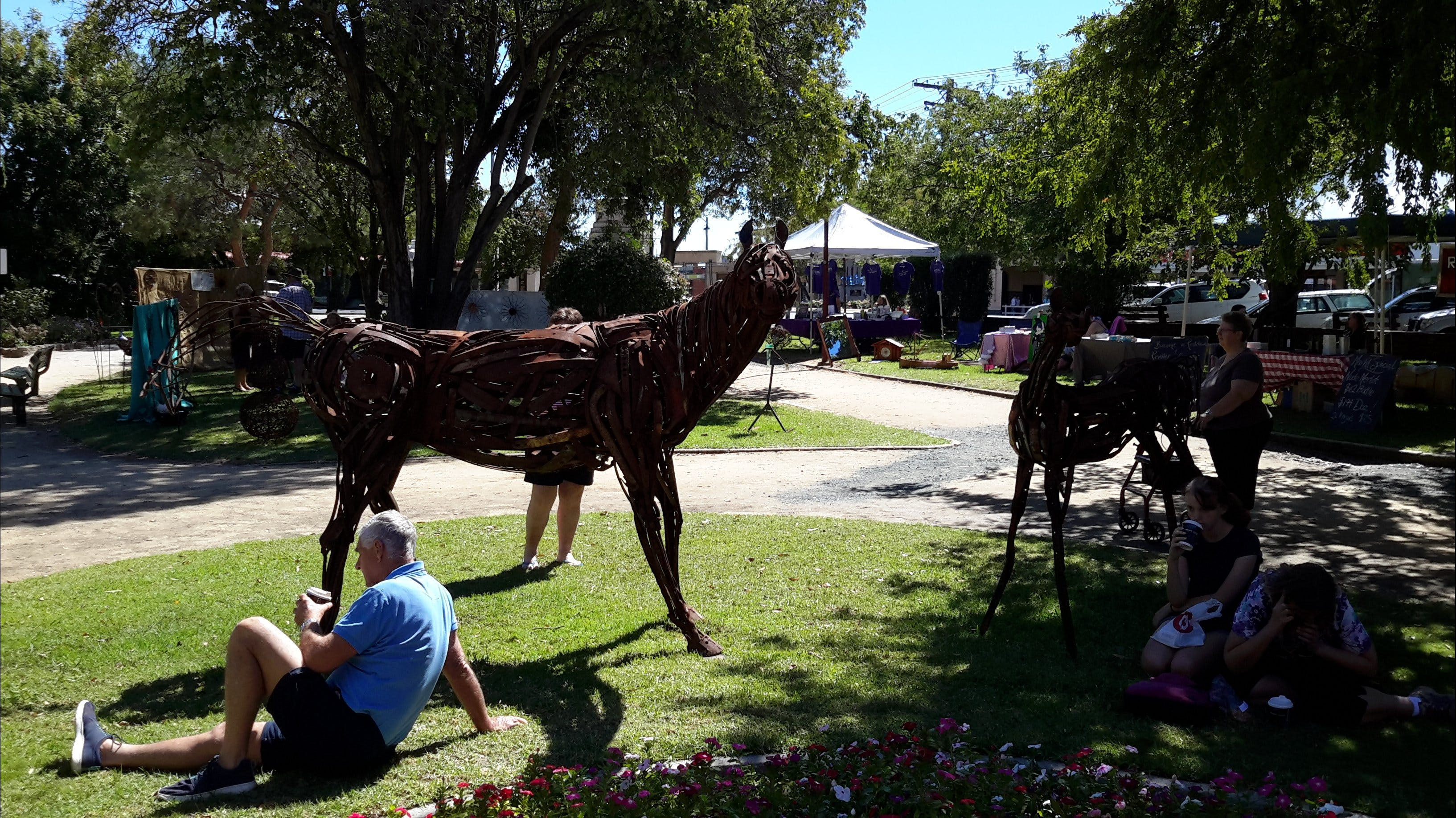 ArtOut Artisan Market - Yarra Valley Accommodation