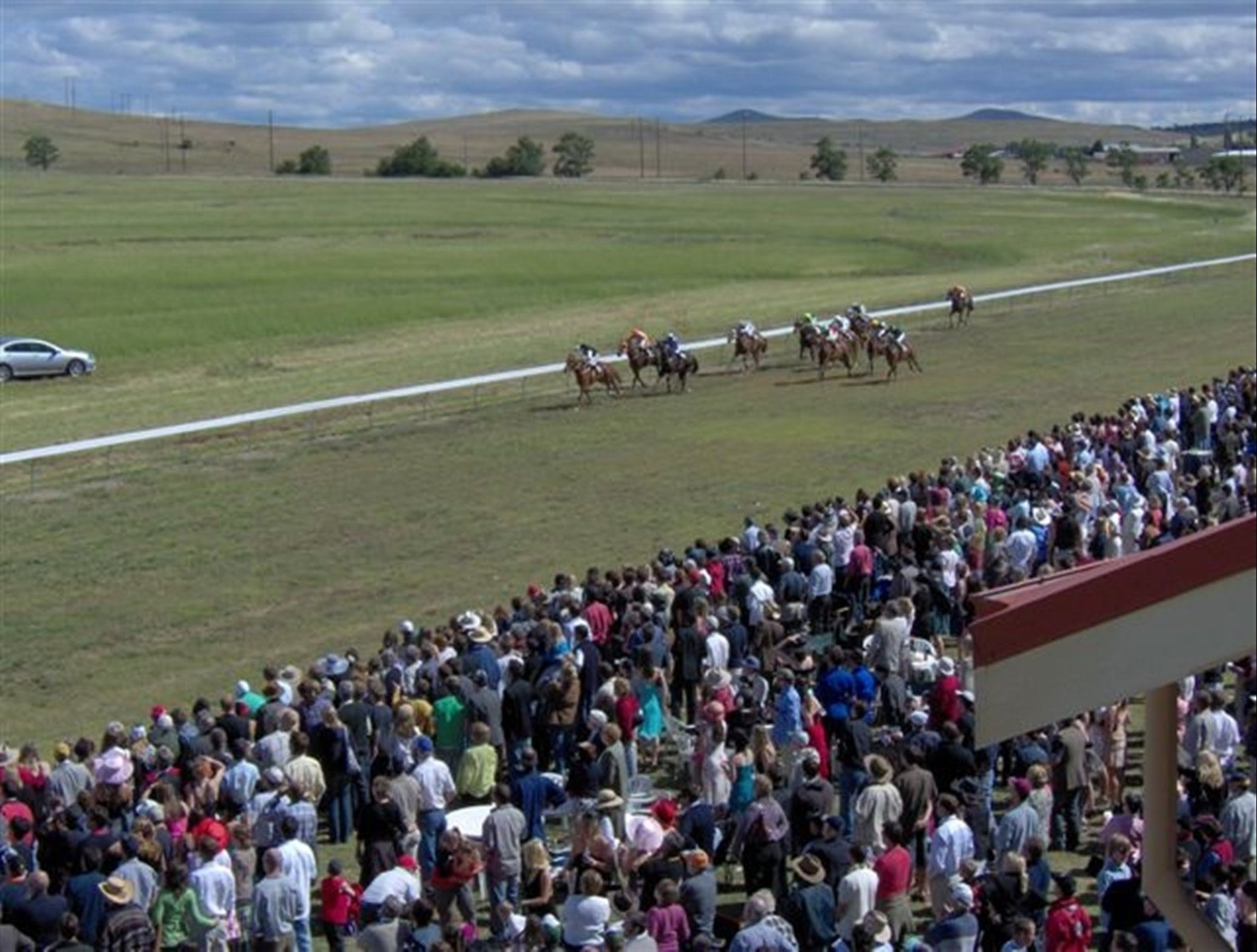 Cooma Sundowners Cup - Yarra Valley Accommodation