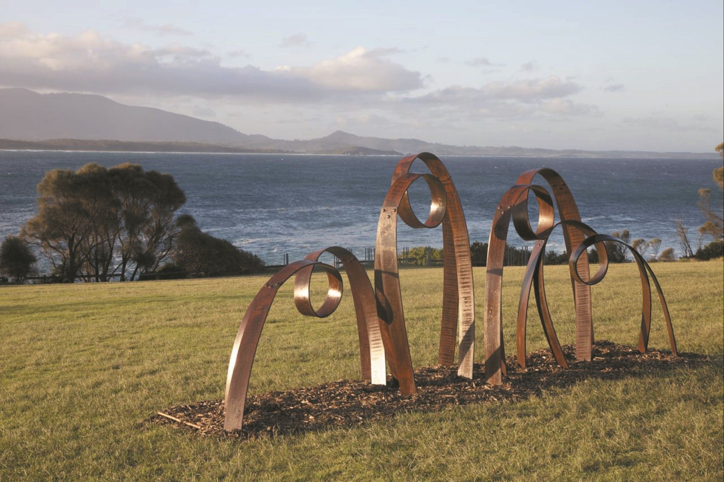 Sculpture Bermagui - Yarra Valley Accommodation