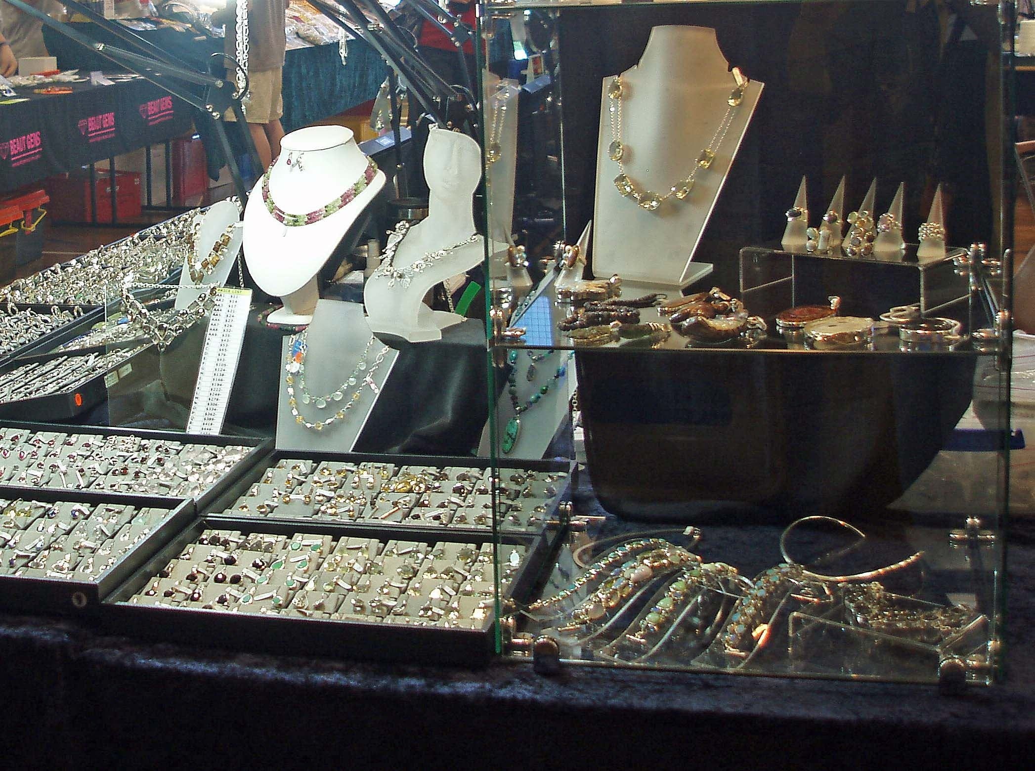 Toowoomba Gemfest - Gems and Jewellery - Yarra Valley Accommodation