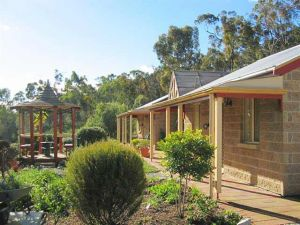 Riesling Trail  Clare Valley Cottages - Yarra Valley Accommodation