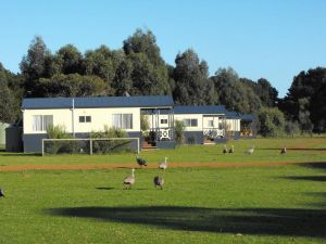 Western KI Caravan Park  Wildlife Reserve - Yarra Valley Accommodation
