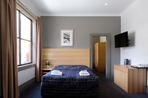 Royal Exhibition Hotel - Yarra Valley Accommodation
