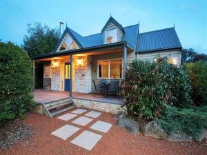 Two Truffles Cottages - Yarra Valley Accommodation